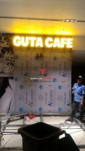 Bảng hiệu hệ thống Guta coffee